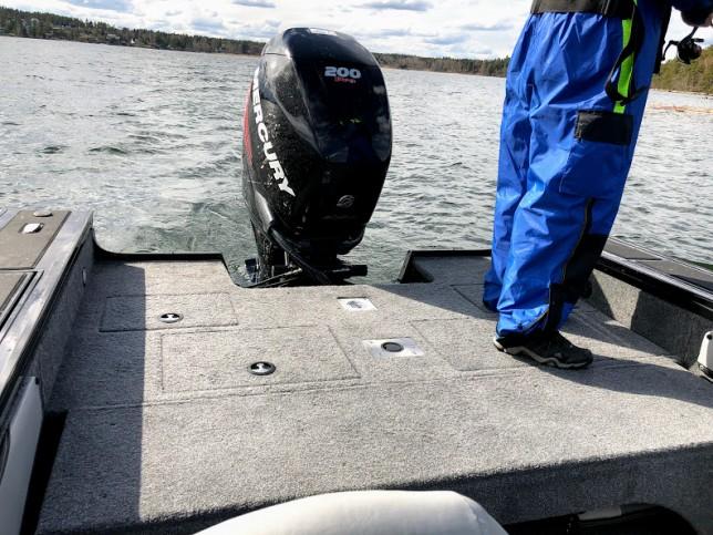 Gptt om plats för 2-3 fiskare på aktre kastdäck!